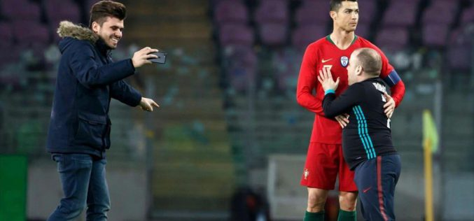 Le public se marre mais pas Cristiano Ronaldo!