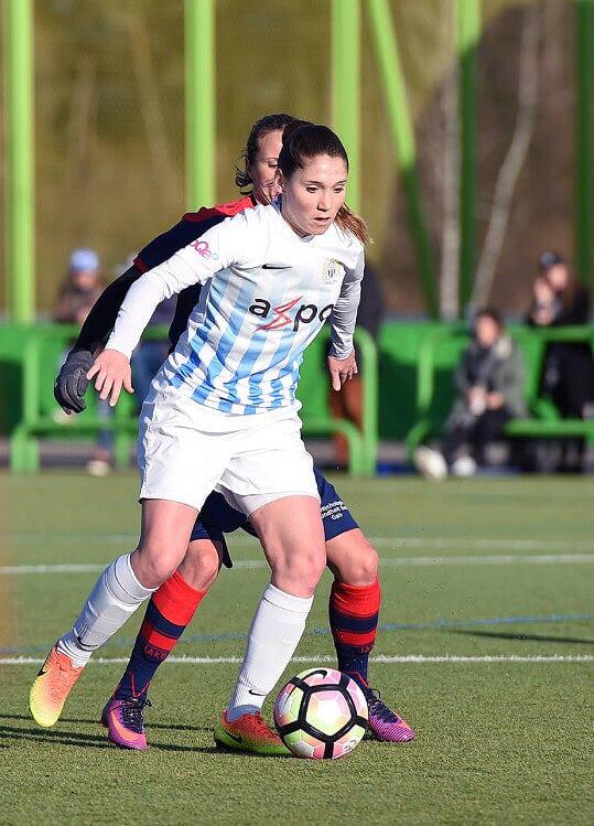 Joueuse du FC Zurich, Sandrine Mauron se réjouit de participer à l'expansion du foot féminin dans le canton de Vaud